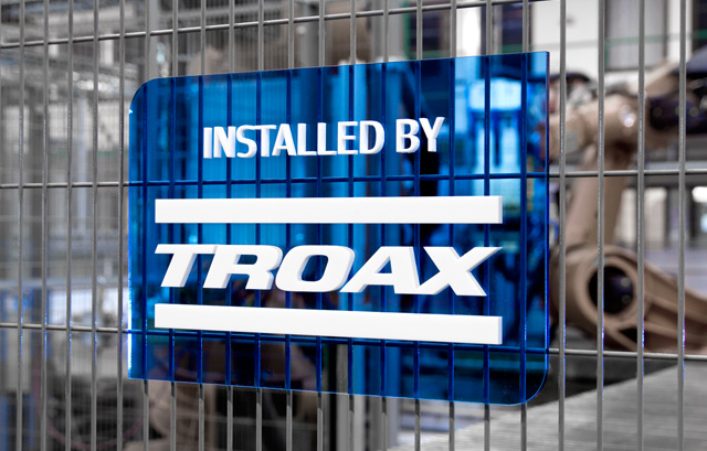 thisistroax_27